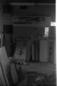 abandonedstore_1